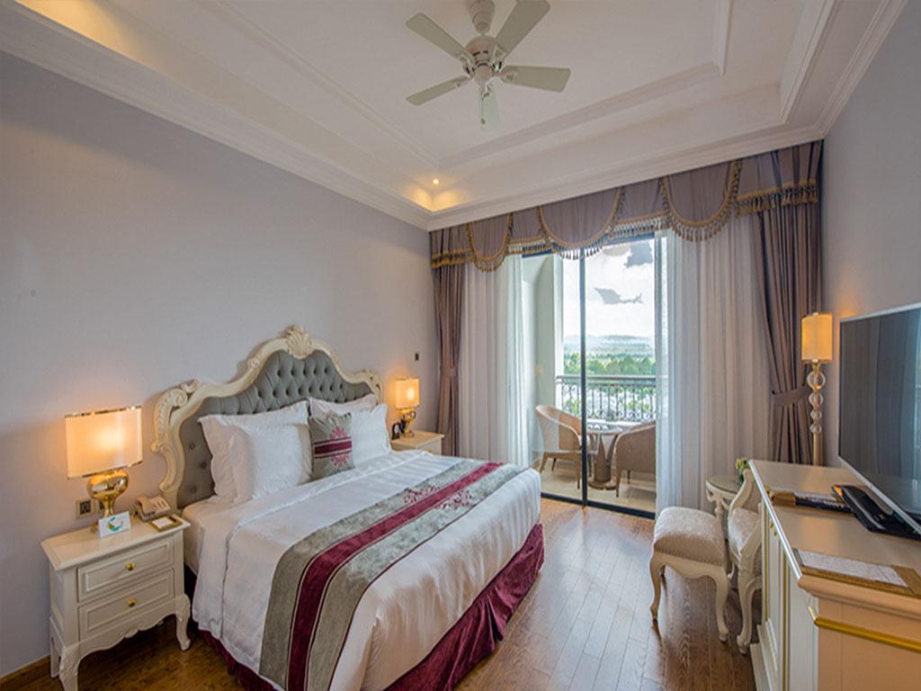 Khách Sạn VinOasis Phú Quốc Resort